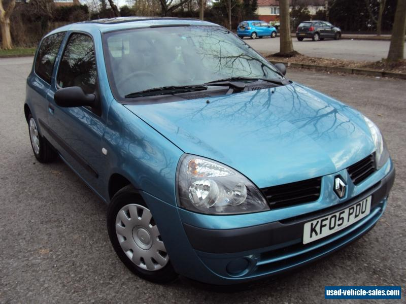2005 renault clio expression 16v auto for sale in the united kingdom. Black Bedroom Furniture Sets. Home Design Ideas