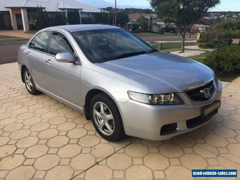 http://used-vehicle-sales.com/images/car_for_sale/13410/december-2005-honda-accord-euro-auto-24l-140-kw-one-owner-complete-logbook-13410-1.jpg