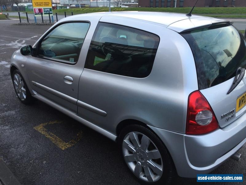 2004 renault clio renaultsport 182 16v for sale in the united kingdom. Black Bedroom Furniture Sets. Home Design Ideas