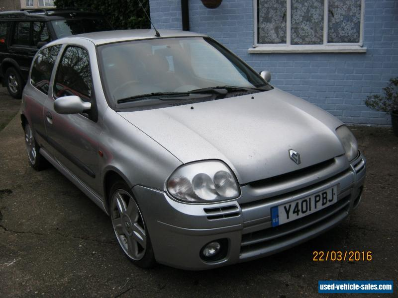 2001 renault clio for sale in the united kingdom. Black Bedroom Furniture Sets. Home Design Ideas