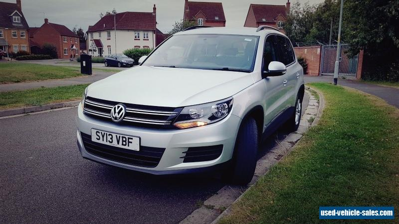 vw tiguan 2013 s tdi 4x4 silver for sale in the united kingdom. Black Bedroom Furniture Sets. Home Design Ideas