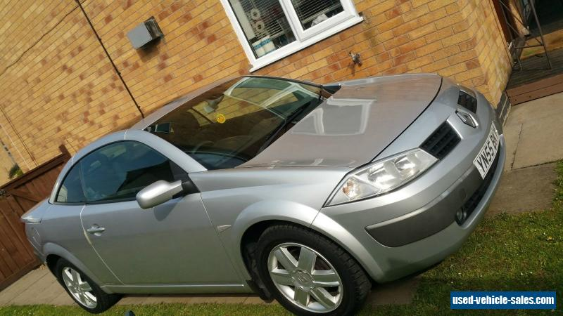 2006 silver renault megane convertible 1 9 dci mot may 2017 for sale in the united kingdom. Black Bedroom Furniture Sets. Home Design Ideas