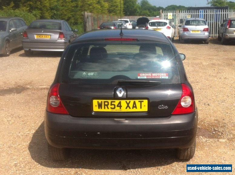 2004 renault clio expression 16v auto for sale in the united kingdom. Black Bedroom Furniture Sets. Home Design Ideas
