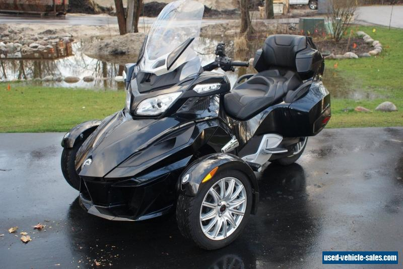 can am spyder rt for autos weblog. Black Bedroom Furniture Sets. Home Design Ideas