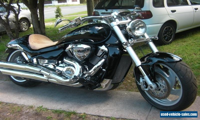 M109R 2010/2011 Boulevard 1800 V-Twin Crusier - HIGHLY CUSTOM (Show Quality)