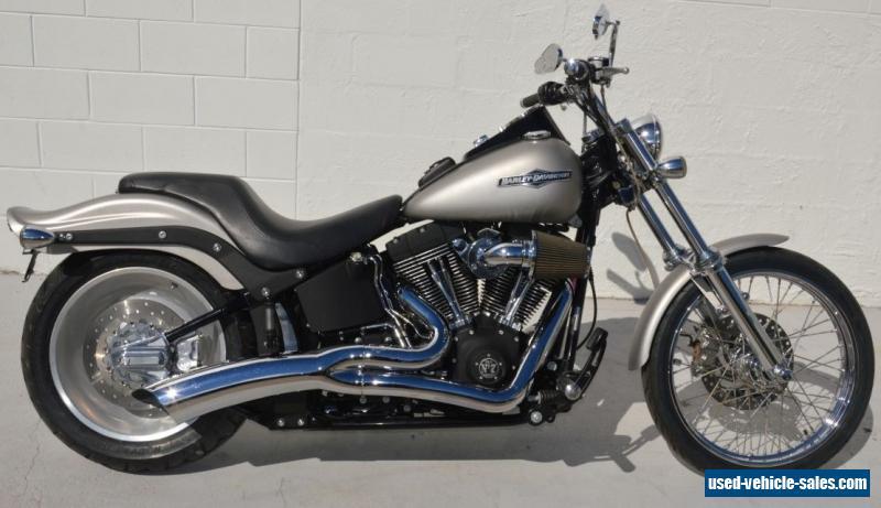 Harley david... Ducati 748 Specifications