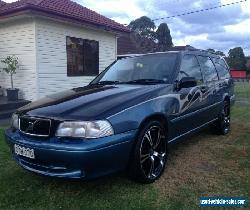 VOLVO V70 for Sale
