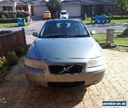 2005 volvo sedan for Sale